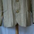vintage-blazer-shortening-detail